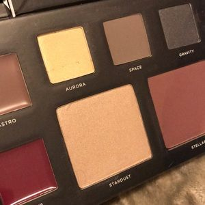 Deck Of Scarlet Makeup Palette